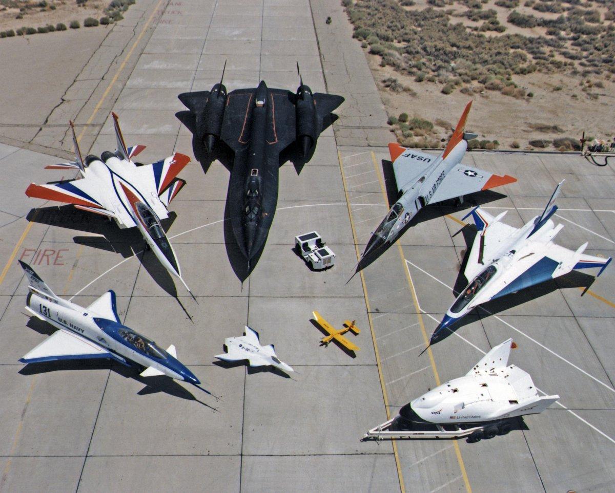 LMT lockheed martin blackbird sr 71 x planes